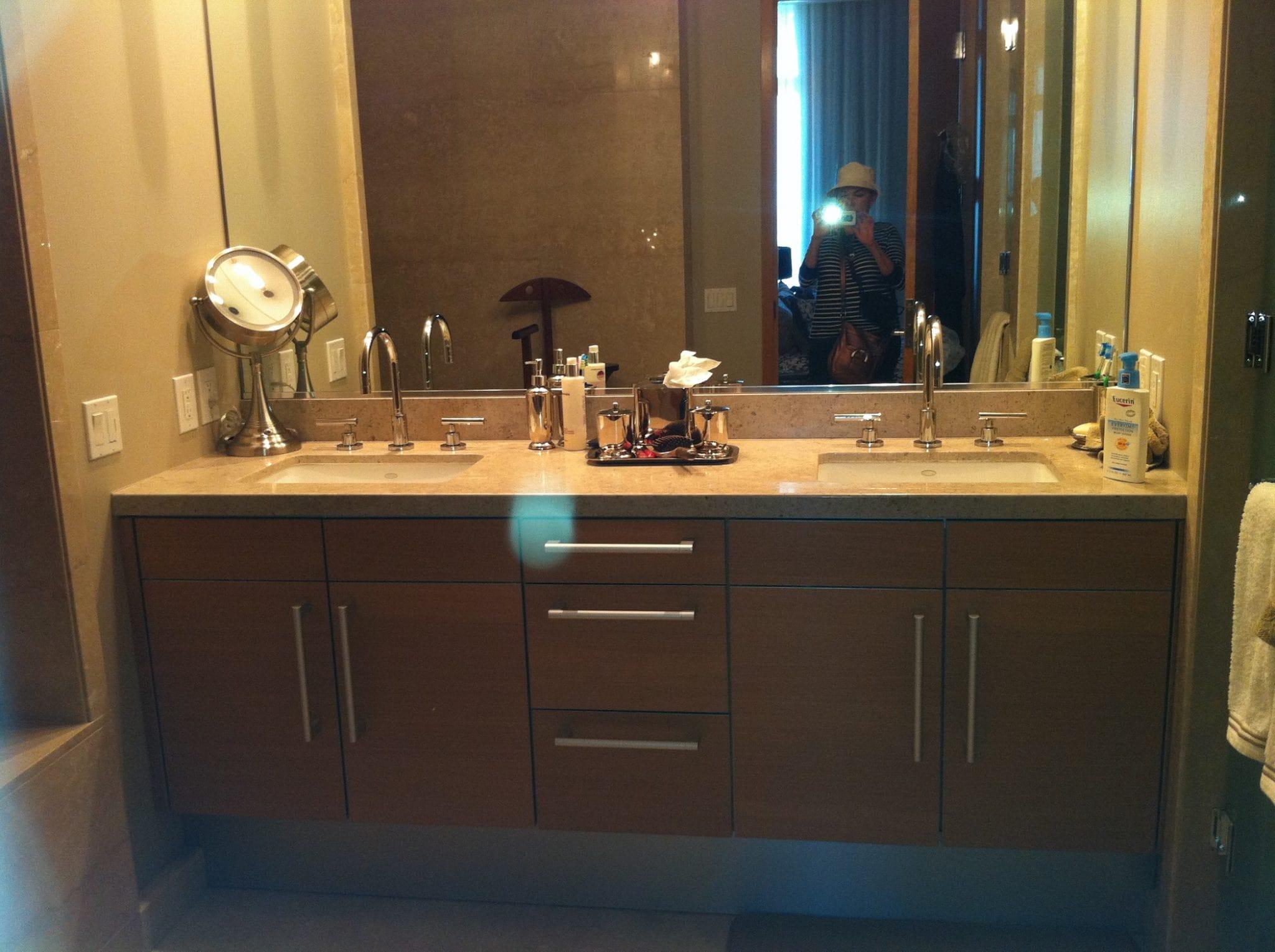 Mueble de baño vanity moderno volado