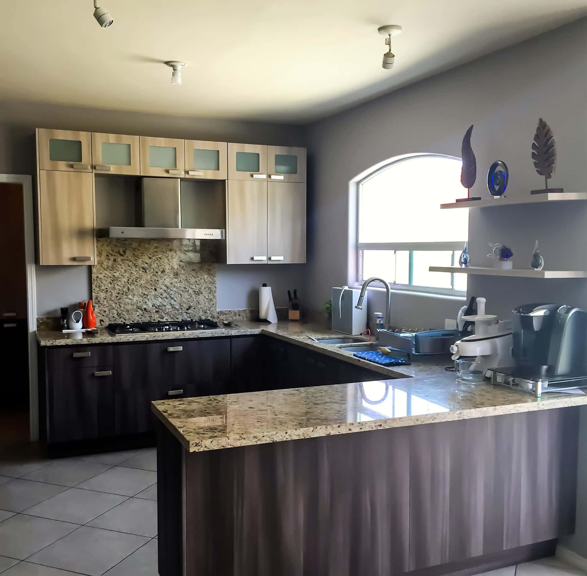Portafolio keepler cocinas integrales y closets for Cocinas integrales modernas pequenas